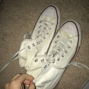 Shoes - High top white converse